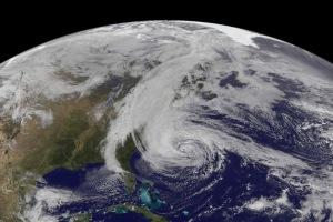 L'ouragan Sandy photographié par la NOAA le 28 octobre 2012. (Crédit : NOAA/NASA)